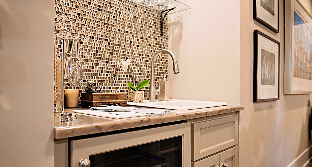 2016 O'More Show House | Quartz Wet Bar